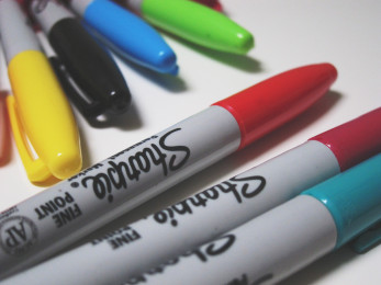 charityBay - Art Pens & Markers