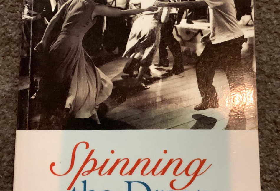 Spinning the Dream: Assimilation in Australia 1950-1970 by Anna Haebich