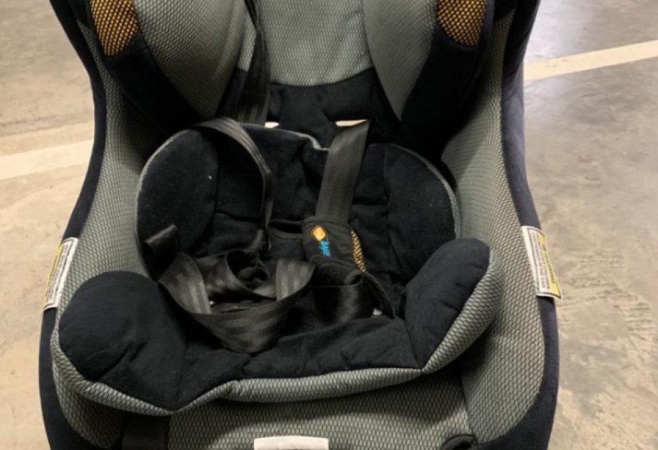 Baby car chair