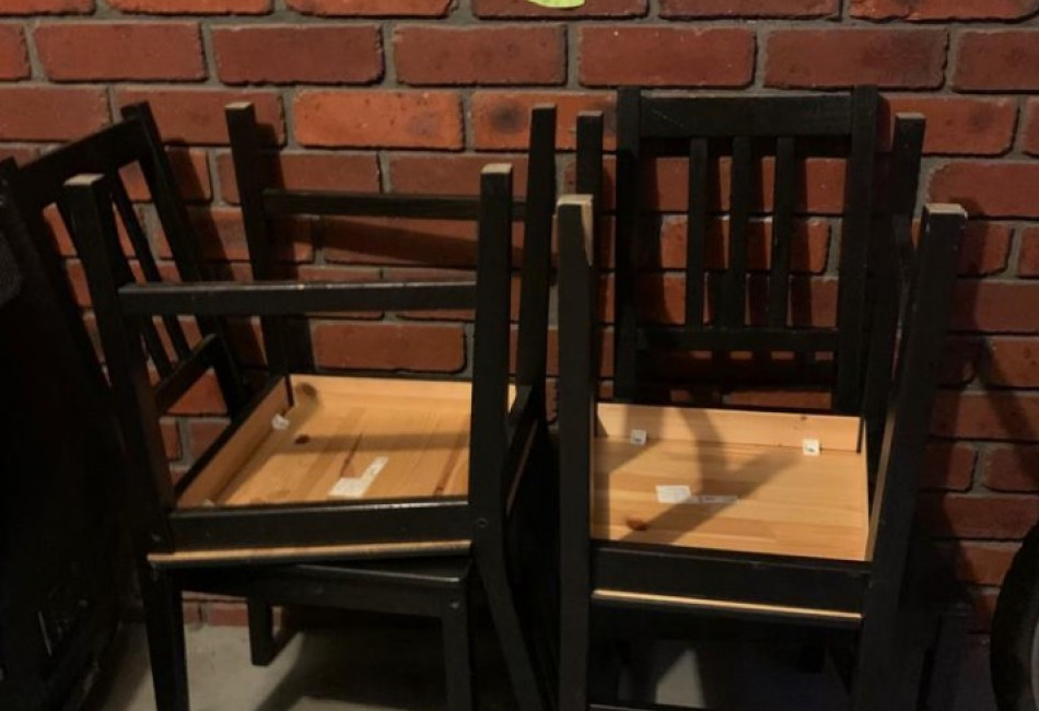 Dining chairs (4)