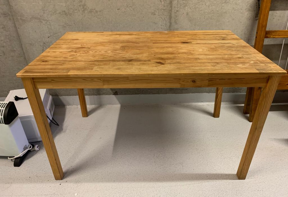 Timber Dining Table - 6 Seater
