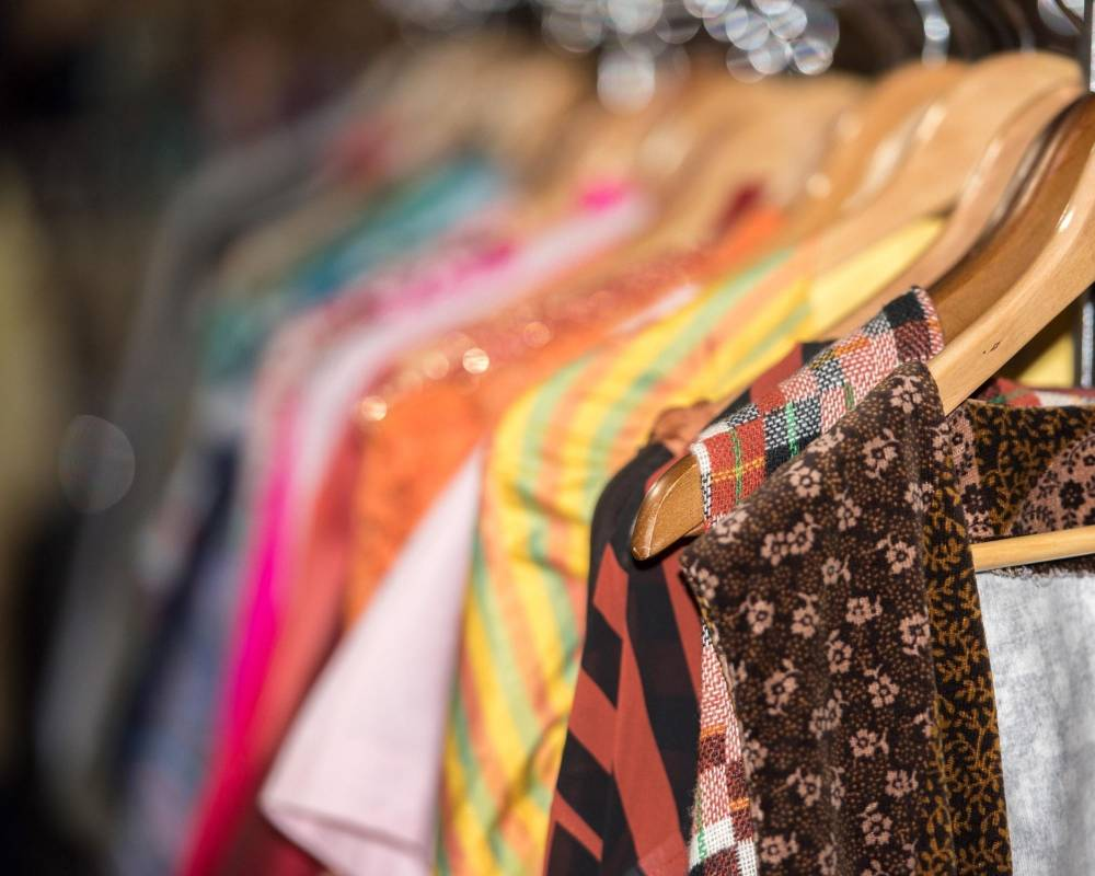 5 reasons why you should shop second-hand